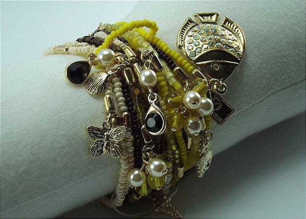 Pulseiras de Miçangas e Vidrilhos cor Amarelo e Marrom com Metal com Banho em Ouro Anti Alérgico Pingentes Dourados  com Cristais Swarovski