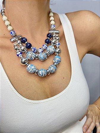 Maxi colar azul e branco 3 em 1