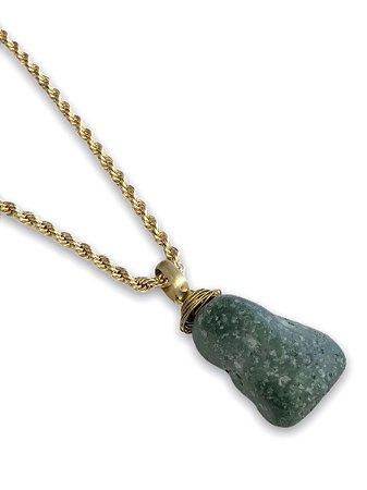 Colar dourado com pingente pedra natural