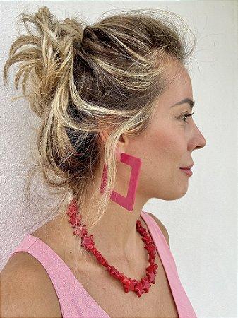 Brinco pink quadrado
