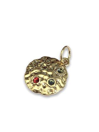 Pingente medalha com detalhe pedrinha color