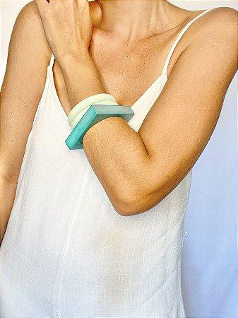Bracelete turquesa resina
