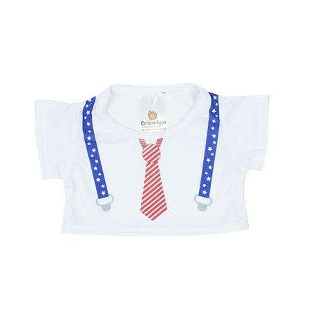 Camiseta Branca Gravata e Suspensório