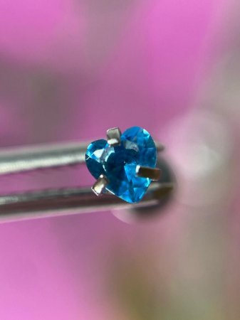 Labret em Aço Ponto de Luz Rosca Interna Coração-Azul-1.2/8/3mm