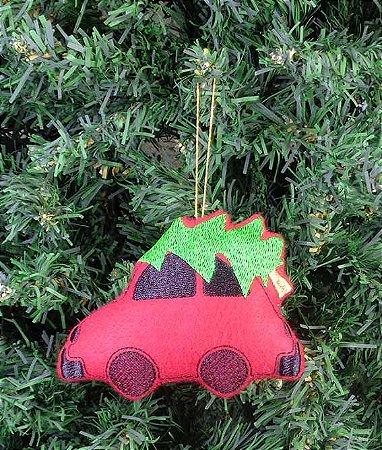 Enfeite de Natal carro com pinheiro