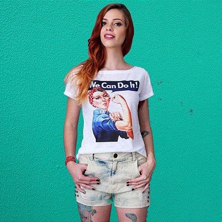 """Camiseta Feminista """"We Can do It"""" Branca"""