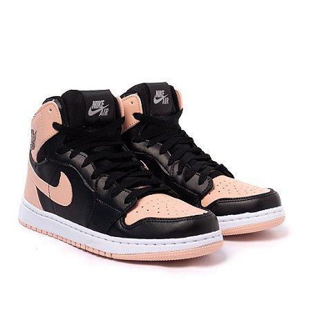 Tênis Feminino Nike Air Jordan 1 MID Preto e Nude