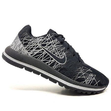 Tênis Nike Air Zoom Vomero 13 Preto e Prata
