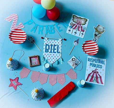 Festa na caixa aniversario infantil -  Tamanho M - com passadeira em tecido