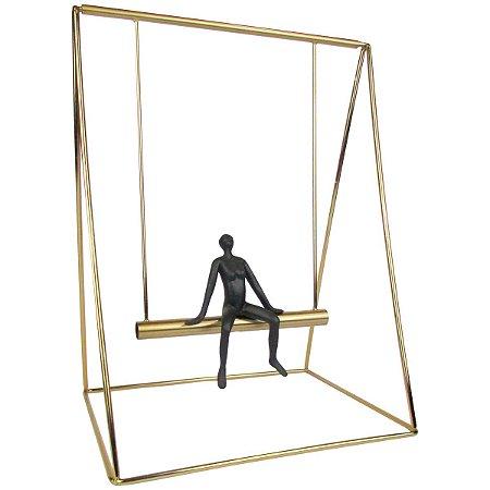 Escultura Decorativa Balanço Dourado Pequeno