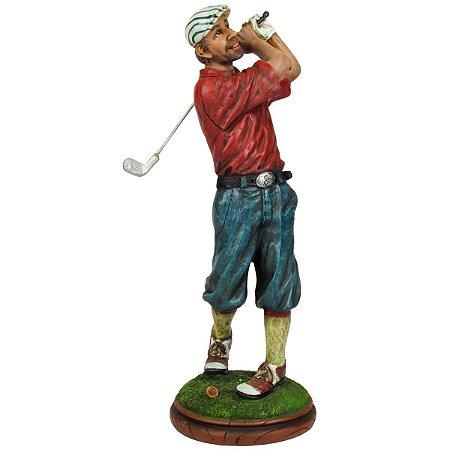 Golfista Com Camisa Vermelha