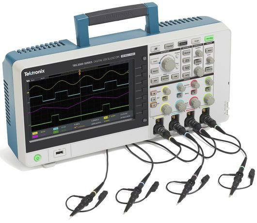 Tektronix TBS2204B - Osciloscópio 200MHz, 4 canais, 5M de memória e 5 anos de garantia