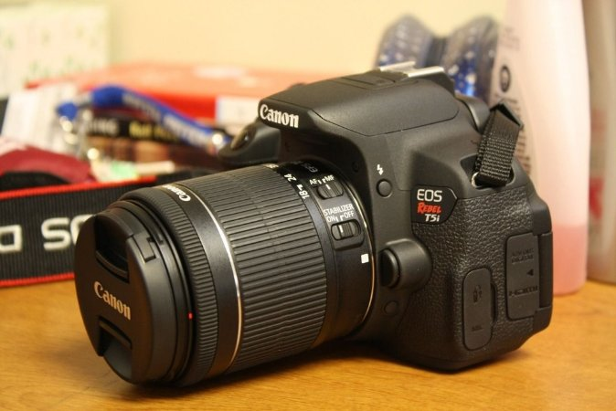Canon Eos T5i +18-55