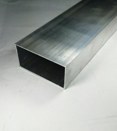 "Tubo retangular de alumínio 4 X 2"" - (venda por barra de 3m)"
