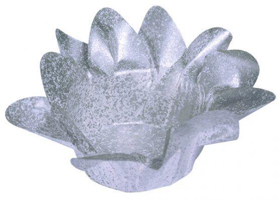 Forminha de Lirio Prata