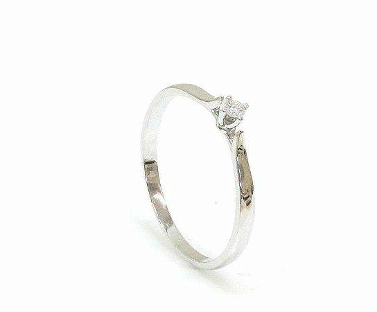 0cb64931ef1 Anel Solitário de Ouro Branco 18K-750 polido com 1 Diamante de 5pts ...