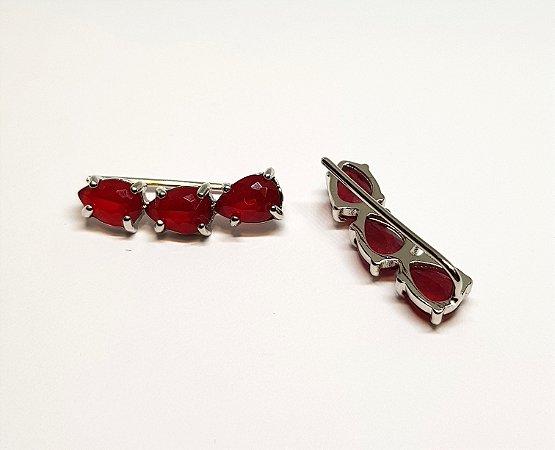 Brinco earcuff 3 pedras vermelho