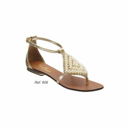 Sandália com Bordado em Pérolas e Solado Antiderrapante