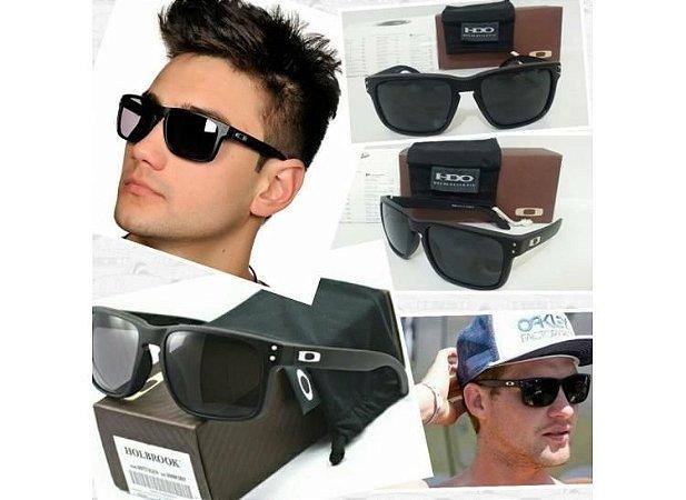 603317783343e Óculos Oakley Holbrook preto com detalhe em prata - Dalu Importados