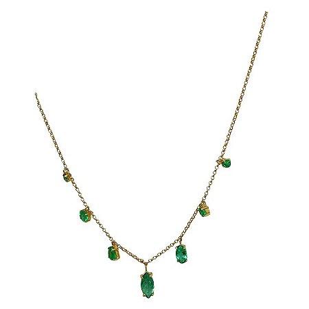 Corrente gargantilha ouro 18k com esmeraldas