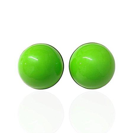 Brinco Dourado Meia Bola Verde Lima Esmaltado