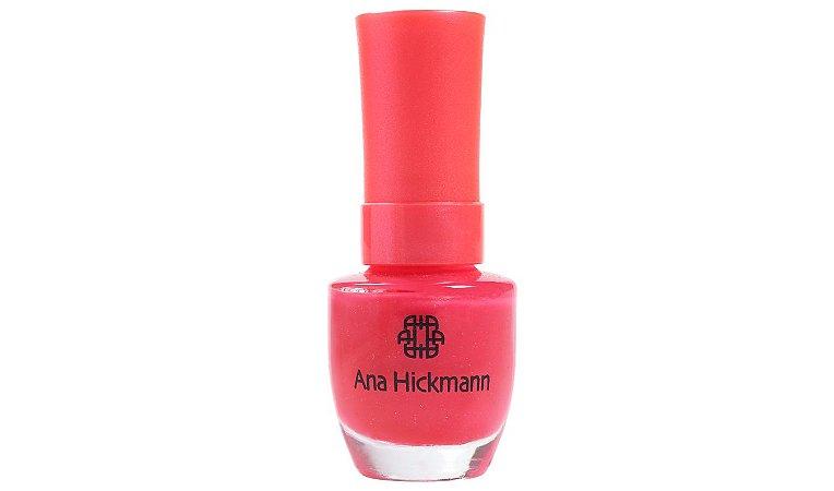LOVE NEON - ANA HICKMANN