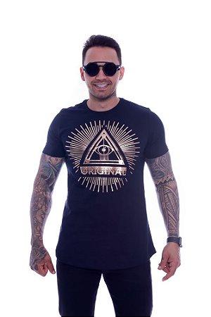 Camiseta OC Exclusive Pryamid Preto