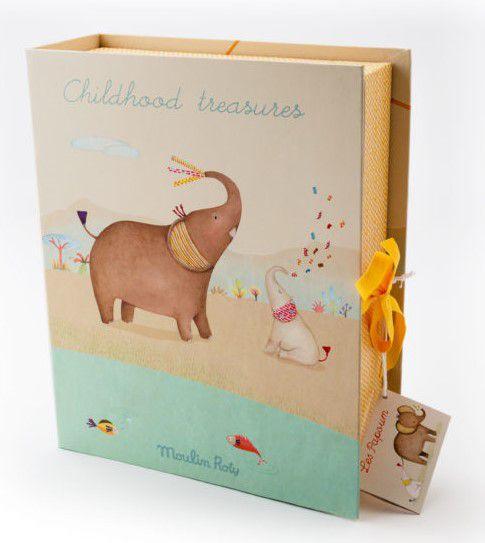Caixa os Primeiros Tesouros do Bebê Les Papoum Savana Elefante - Moulin Roty