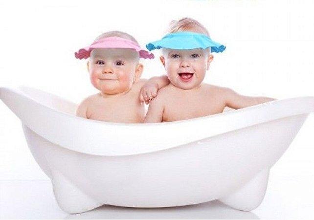 Chapéu Protetor de Olhos e Ouvidos do Bebê no Banho - (2 Unidades)