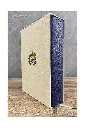 A Bíblia de Estudo da Fé Reformada - Capa Luxo Azul Marinho