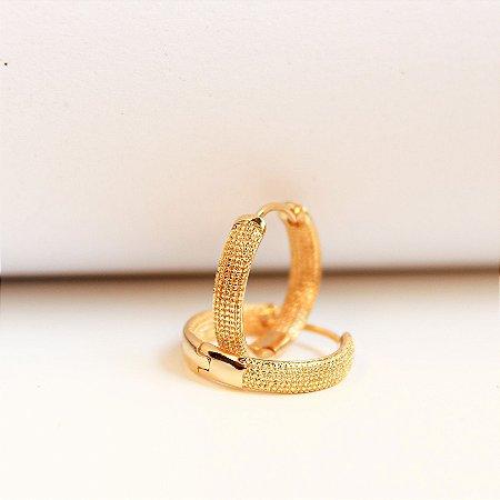 Argolha Pontilhada 12mm M Banho Ouro