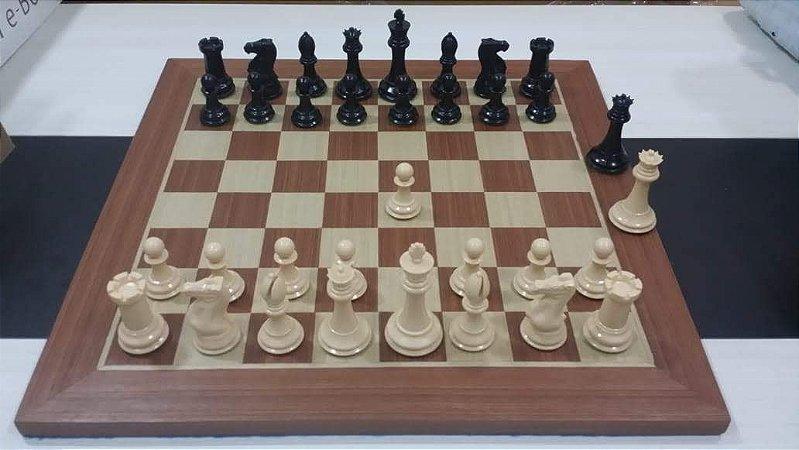 Jogo de Xadrez  Stauton com Tabuleiro de Madeira Marchetado ou PVC