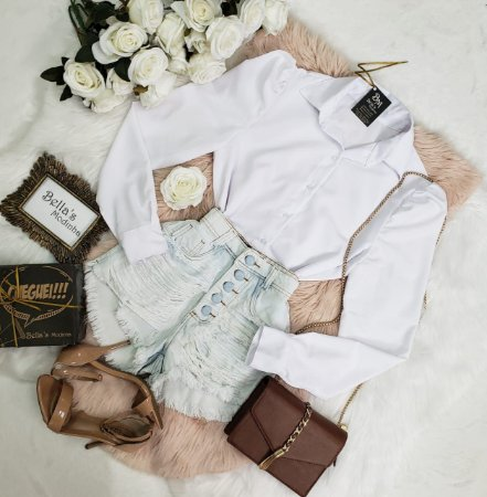 Camisa Branca Manga Princesa