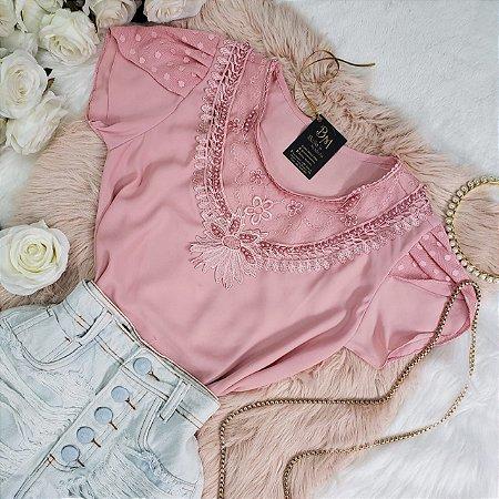 Blusa Crepe Bordada Manga Rosa