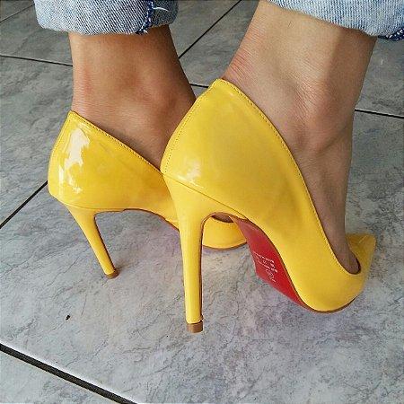Scarpin Amarelo Verniz  Solado Vermelho