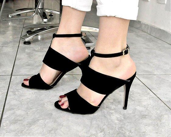 Sandália Preta Salto Fino Mule
