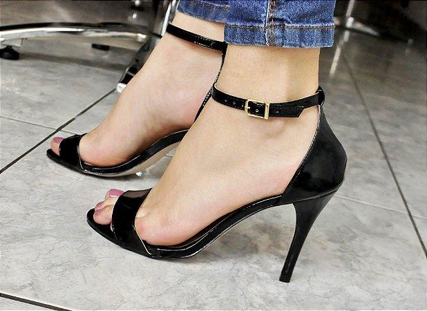 751149b90d Sandália Preta Salto Fino Gisele - Anny Shoes