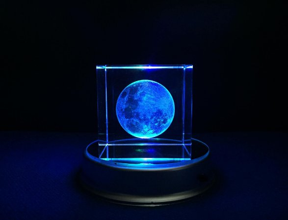 Lua 3D de Cristal