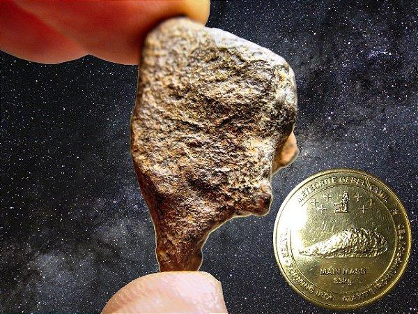 Meteorito Egípcio Gebel Kamil + Moeda de Ouro Nórdico da Cratera