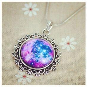 Colar Entalhado Nebulosa Roseta