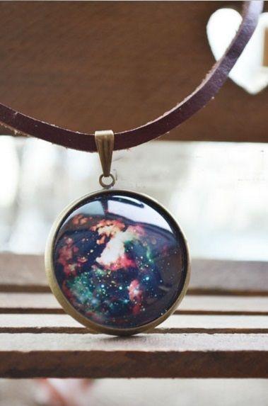 Colar Couro Nebulosa