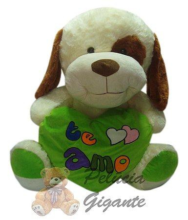Cachorro com coração te amo