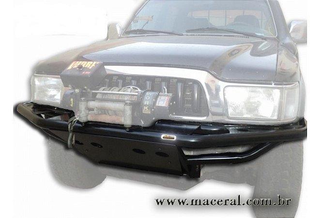 Para-Choque Tubular Dianteiro Com Mesa De Guincho 1992/2001 Toyota Hillux