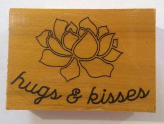 Carimbo de madeira Flor Hugs & Kisses - Arte Fácil