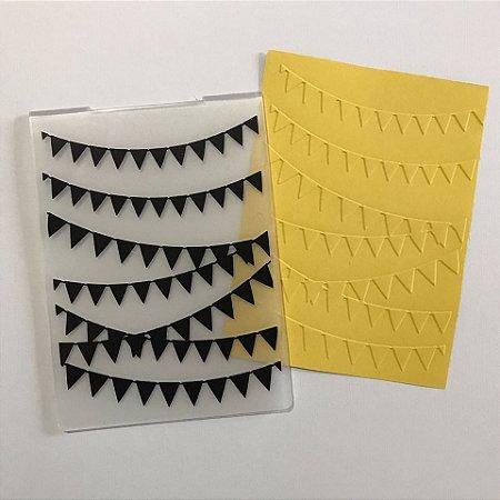 Placa de emboss Bandeirinhas tamanho A6 PE001-73 Art & Montagem