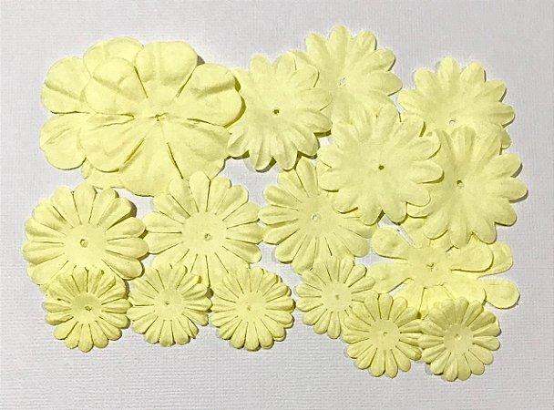Flores de papel - 20 peças - Mashmallow - Amarela - Imaginisce