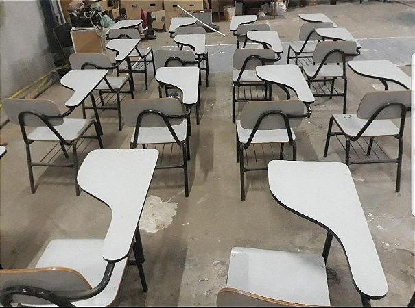 500 Cadeiras Universitárias em Fórmica, usadas:  R$55,00 cada