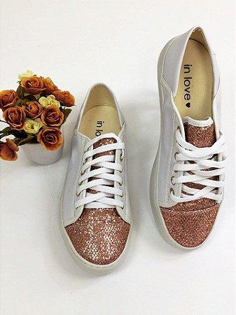 Tênis Casual Envernizado Com Glitter Rose