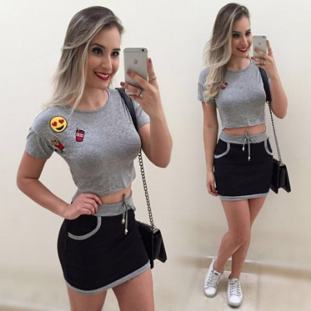 Conjunto Cropped Patch Coca + Mini Saia