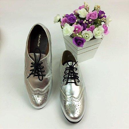 Sapato Oxford Metalizado Com Recortes